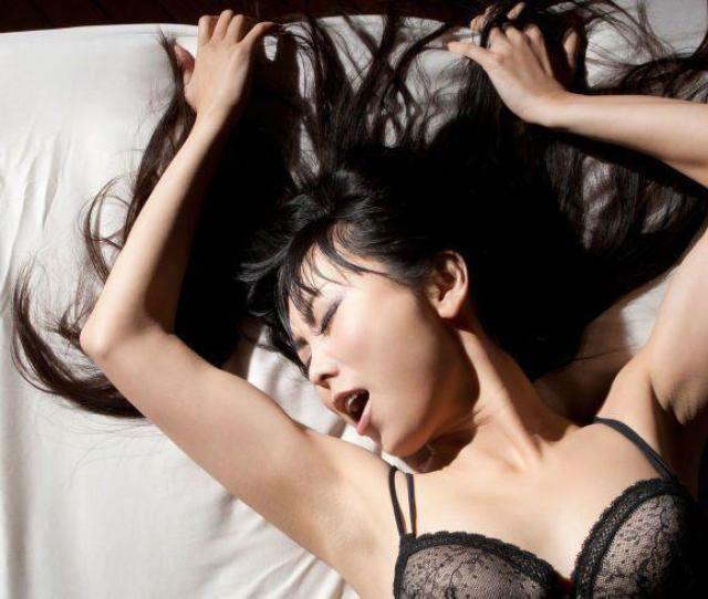 Sphinx Reccomend Free Fat Butt Porn Model Blanca Padilla Has Her First Orgasms