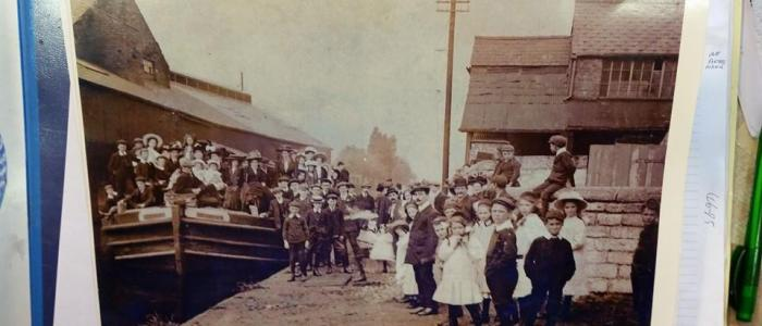Sunday school outing Bridgewater canal Stockton heath warrington