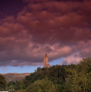 Wallace monument Stirling-Thorntree-barn-self-catering-holiday-cottage-accommodation-short-breaks-stirling-home-rent-vacation-rental-scotland-castle-near-attractions-family-cottages