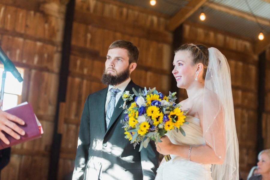 ann arbor wedding photographer barn - ld --040