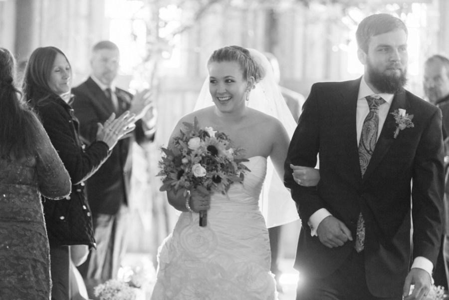 ann arbor wedding photographer barn - ld --049
