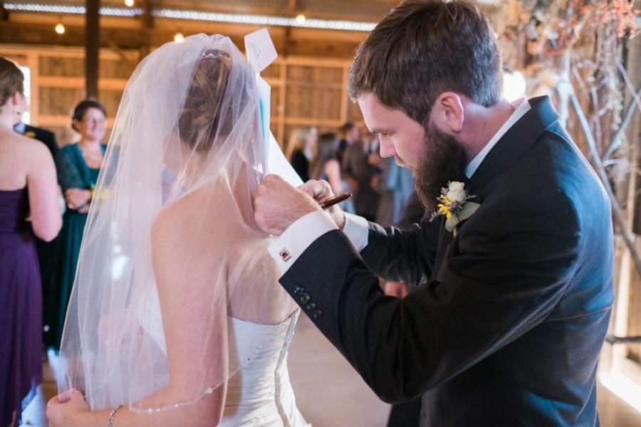 ann arbor wedding photographer barn - ld --058
