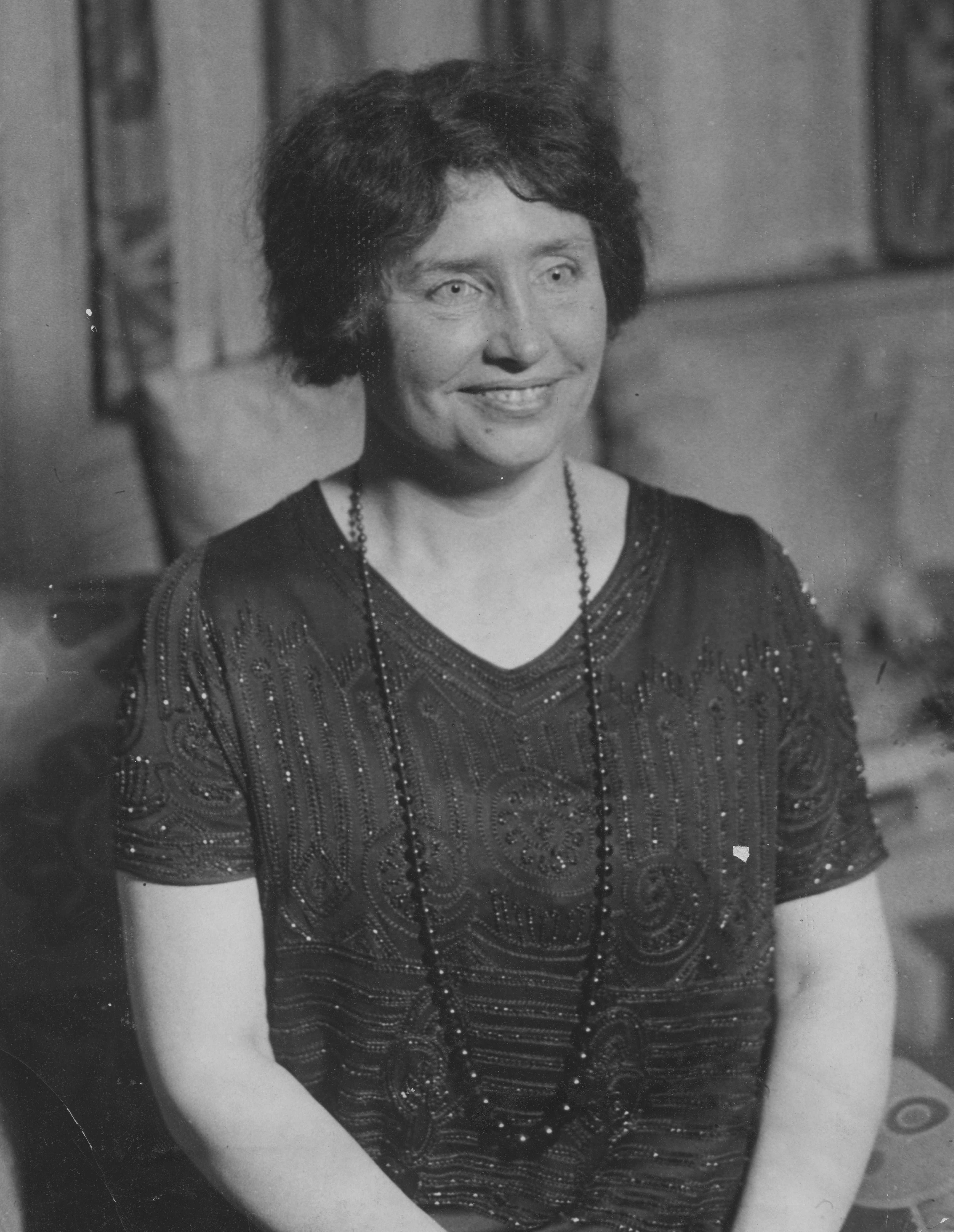 Biography Of The Deaf And Blind Activist Helen Keller