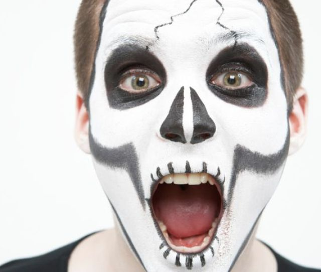 You Can Make Your Own Safe And Natural Halloween Face Paint