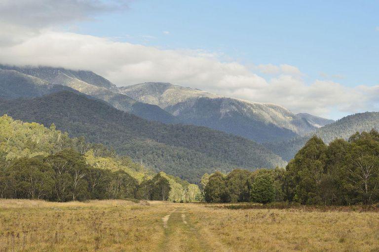 Mount Kosciuszko The Highest Peak In Australia