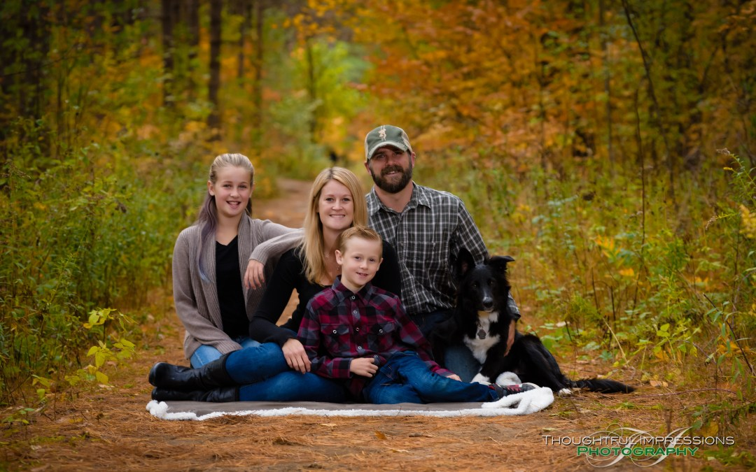 Portraits in the Leaves! Fall outdoor mini sessions.