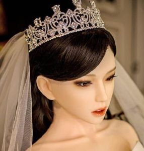 28-year-old-man-marries-an-inflatable-doll