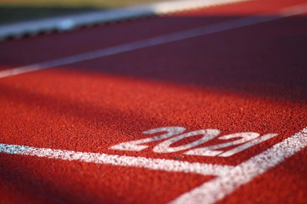 track starting line 2021