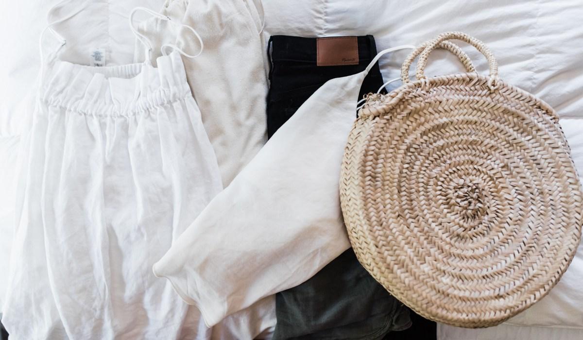 Summer 10x10 minimal wardrobe challenge | thoughts by brandi .com | mom style | slow fashion