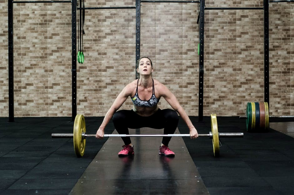 Lady Lifters: 5 Top Tips for Women Lifting Weights