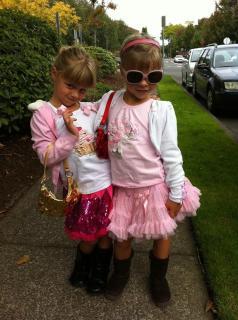 Centrella twins