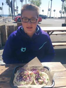 Kanen Rossi Lunch at the beach