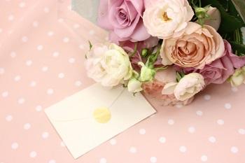 手紙とバラ
