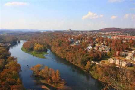 branson-fall-overlook