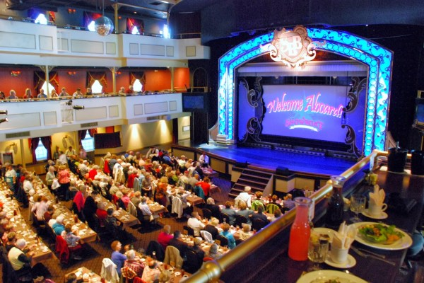 Cruise-Dine-Watch-a-the-Showboat