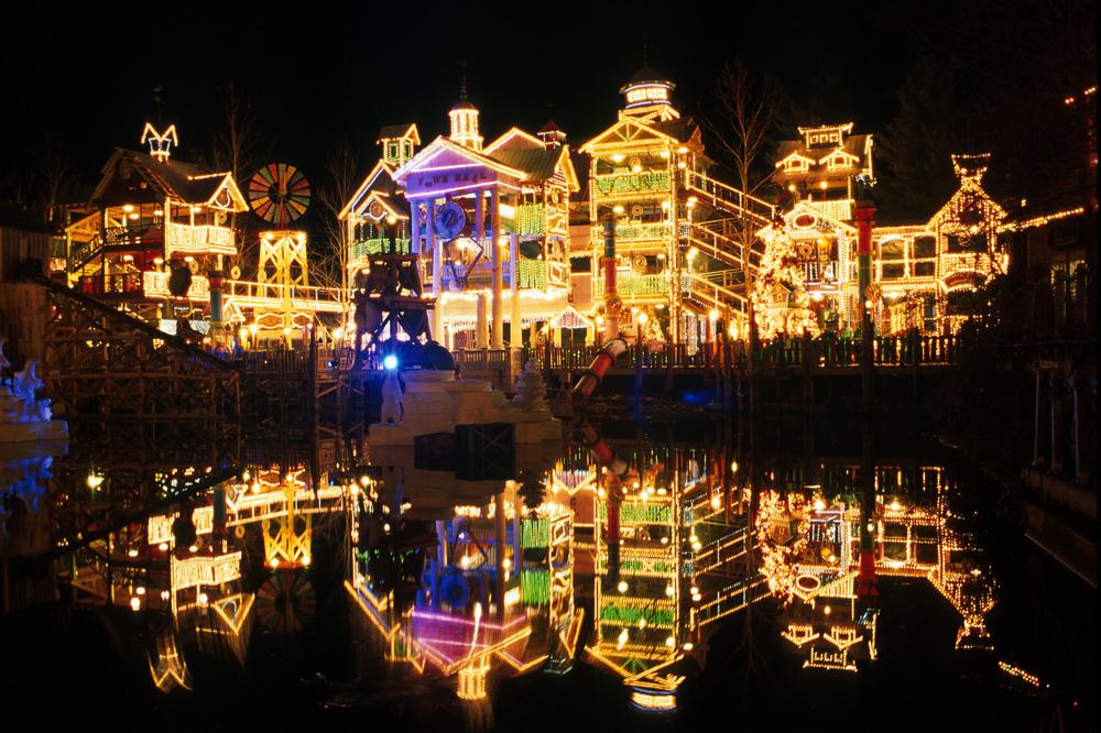Branson Christmas - ThousandHills.com