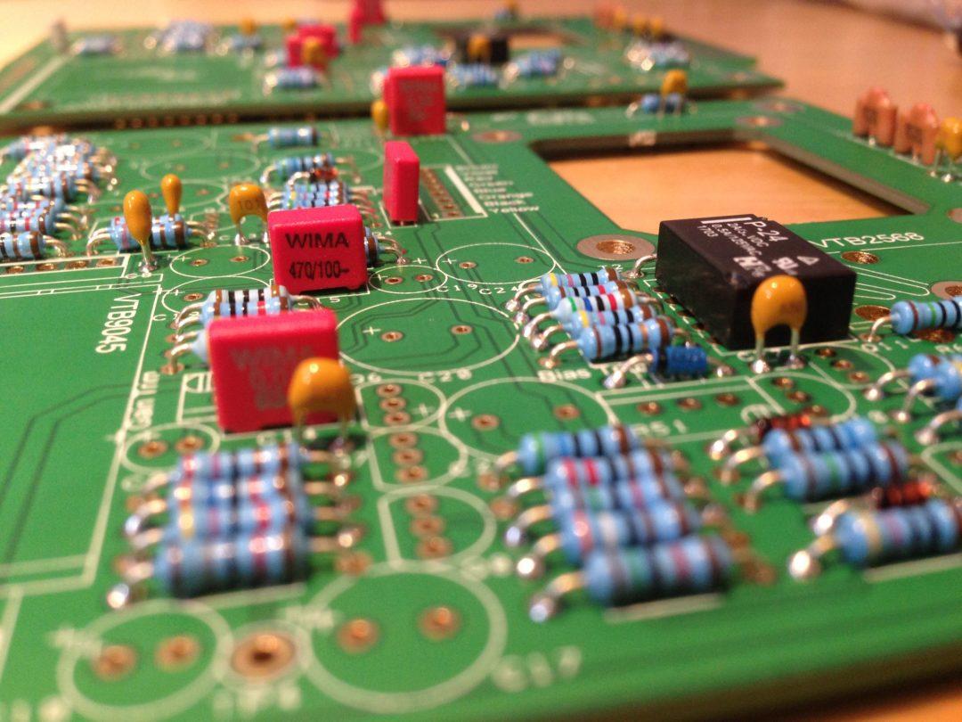 AML ez1081 Mic Pre - Film Capacitors