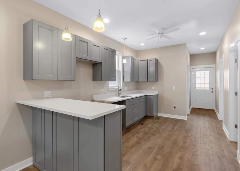 Virtual staging services for real estate photography - empty kitchen before digital staging