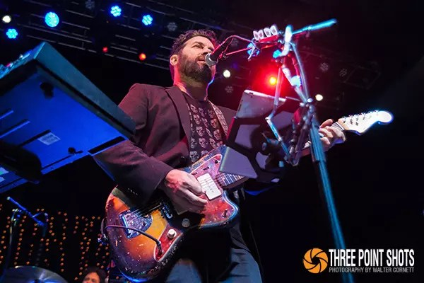 Austin, Texas–based musician and artist Bob Schneider performed in concert, along with guest Dawn and Hawkes, at the Mercury Ballroom in Louisville, Kentucky on July 24, 2014. All photos by Walter Cornett.