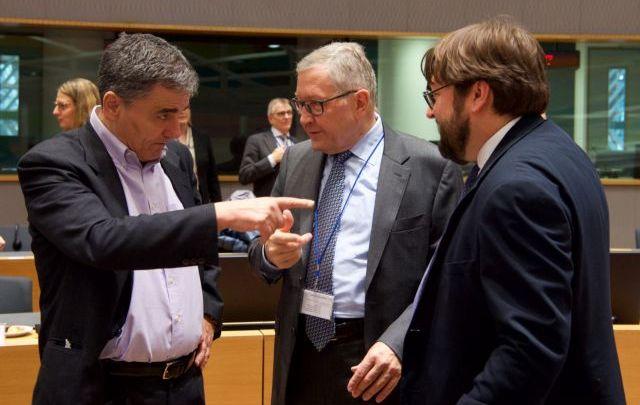 Στις Βρυξέλλες οι «μάχες» για την ελληνική οικονομία