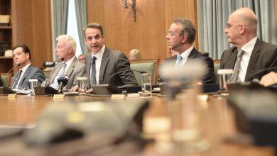 Photo of Μητσοτάκης σε υπουργικό: Υψηλοί στόχοι, χαμηλά το κεφάλι