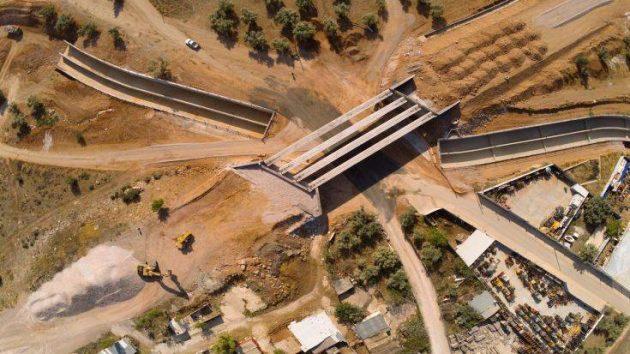 Τα αντιπλημμυρικά έργα στη Μάνδρα από ψηλά (φωτο)