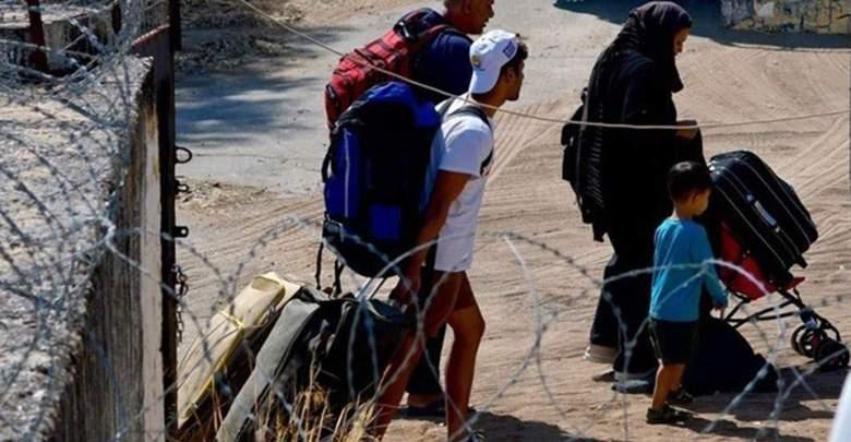 Στην Ελευσίνα το αρματαγωγό «Ικαρία» με 389 πρόσφυγες και μετανάστες από τη Σύμη