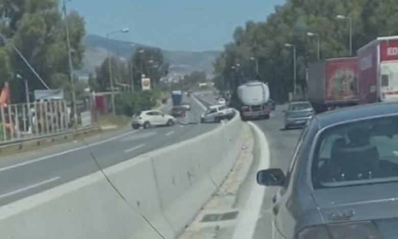 Σοκαριστικό τροχαίο στην Ελευσίνα - οδηγός οδηγούσε στο αντίθετο ρεύμα της Εθνικής Οδού