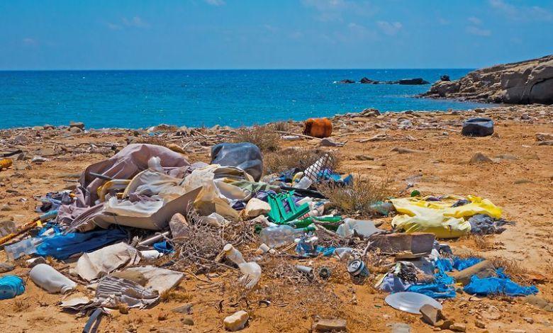 Η Μεσόγειος μετατρέπεται σε χωματερή πλαστικών απορριμάτων