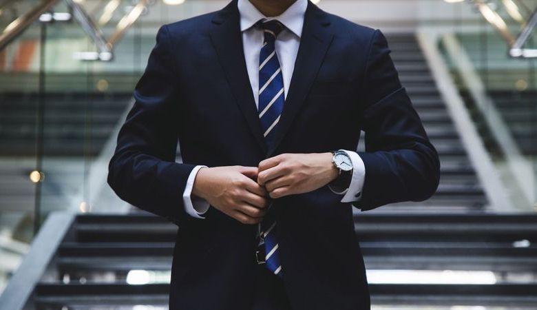 Οδηγός για τους άντρες: Τα ρούχα της συνέντευξης