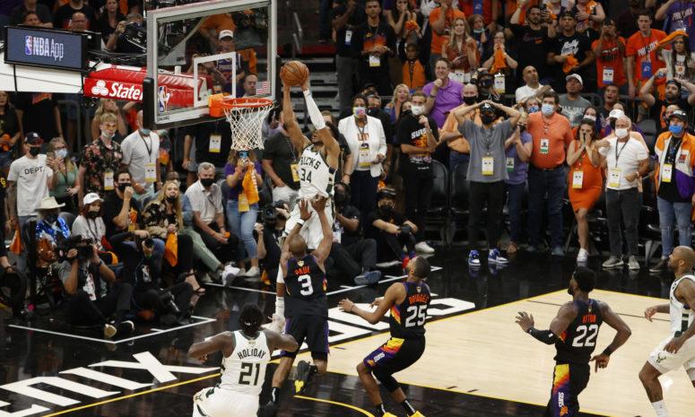 NBA: Τα «ελάφια» μια νίκη μακριά από το πρωτάθλημα