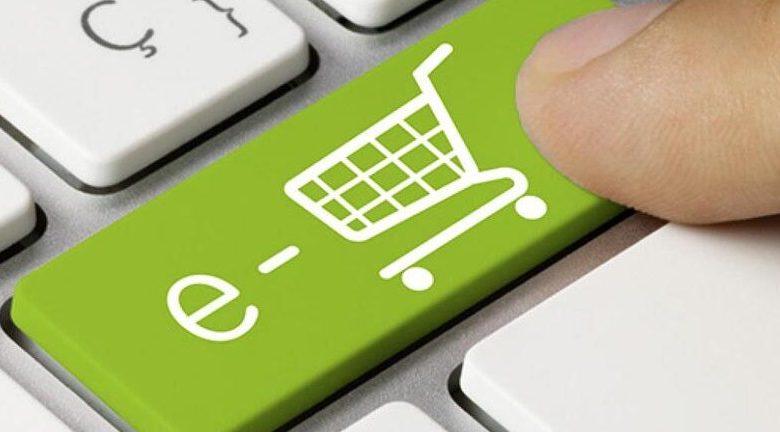 Έκπτωση φόρου 30% για e-αγορές από κλάδους που φοροδιαφεύγουν
