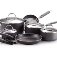 Expired – Farberware 13-Piece Cookware Set with Utensils, Saucepans, Stockpot, and Skillets