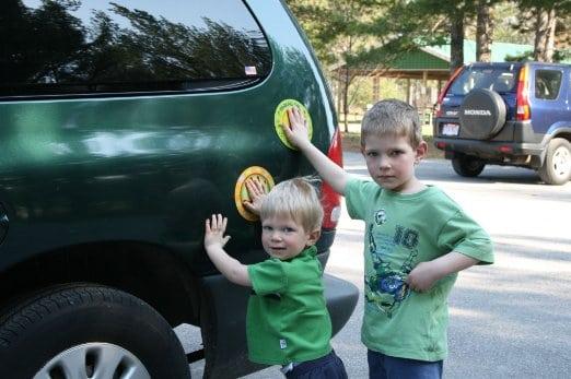 Parking Pal Magnet - Kids Parking Lot Safety