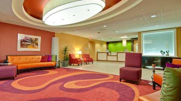 Lobby entrance and reception Hollywood Hilton Garden Inn