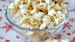 Microwave Marshmallow Caramel Corn