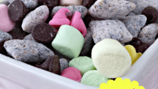 Spring Muddy Buddies Recipe
