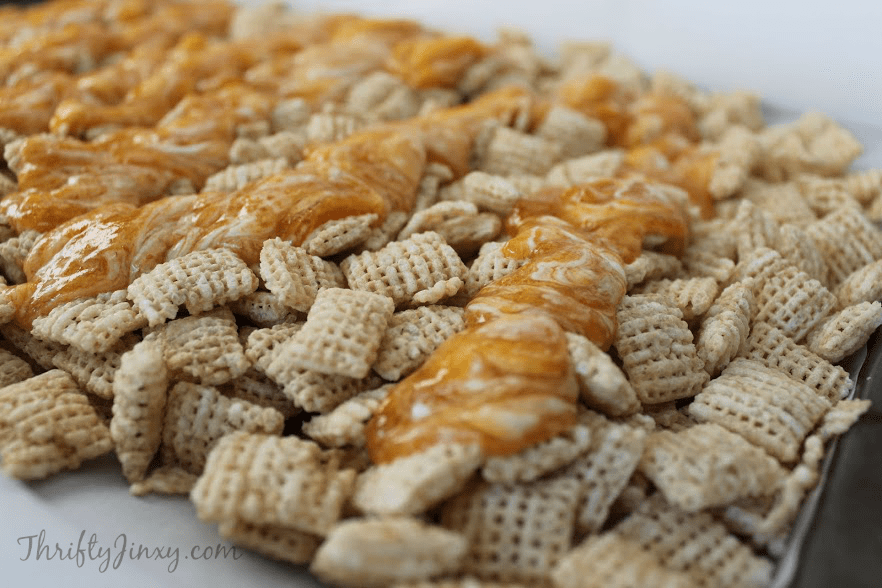 Pumpkin Pie Muddy Buddies Recipe Close-up