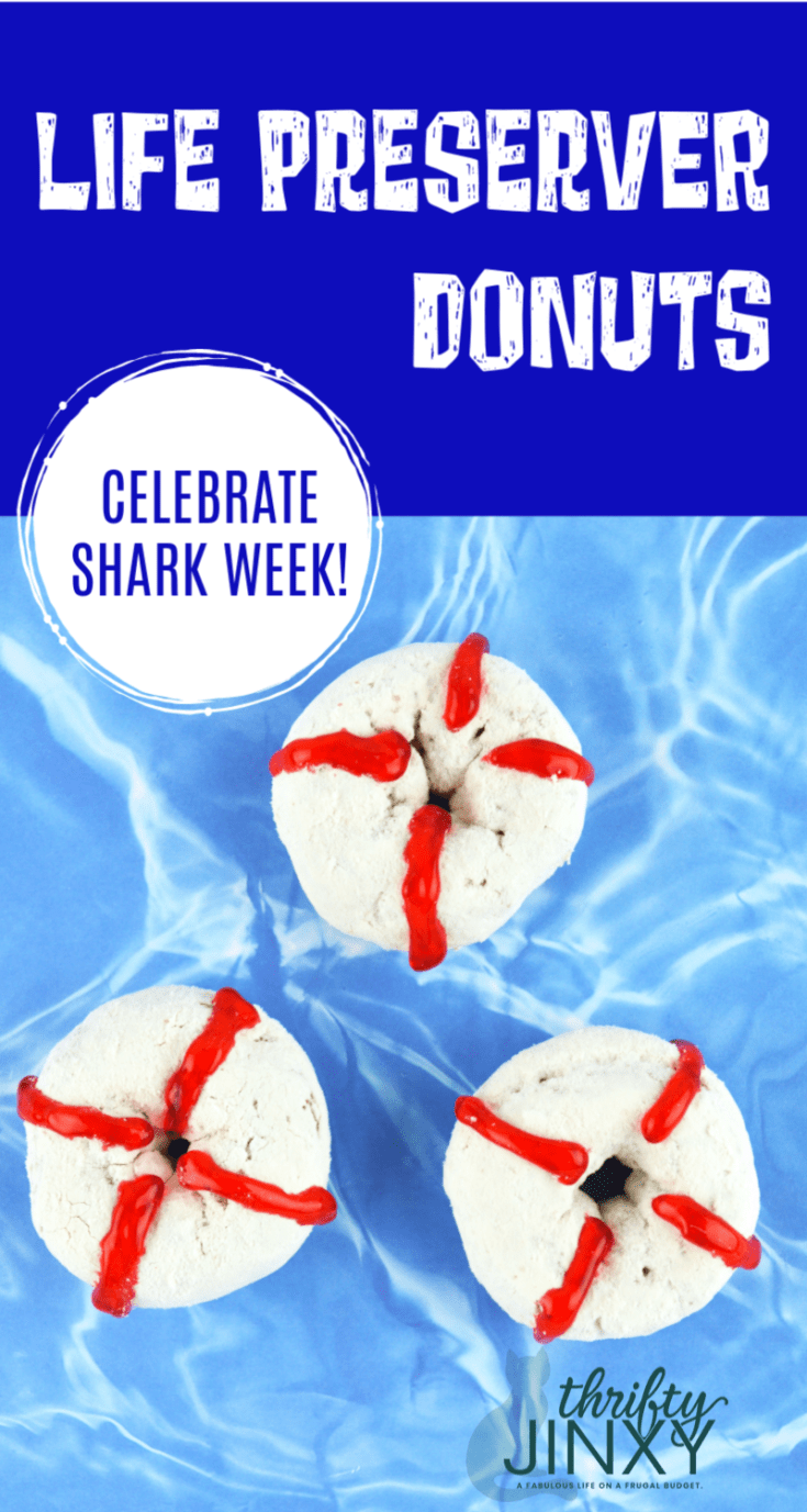 These DIY Life Preserver Donuts are fun and easy to make and perfect for beach parties or Shark Week! #beachparty #sharkweek #donuts