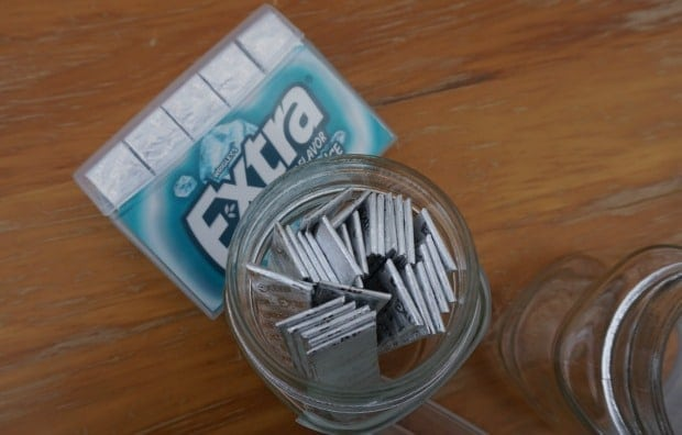 Add Gum to Jar