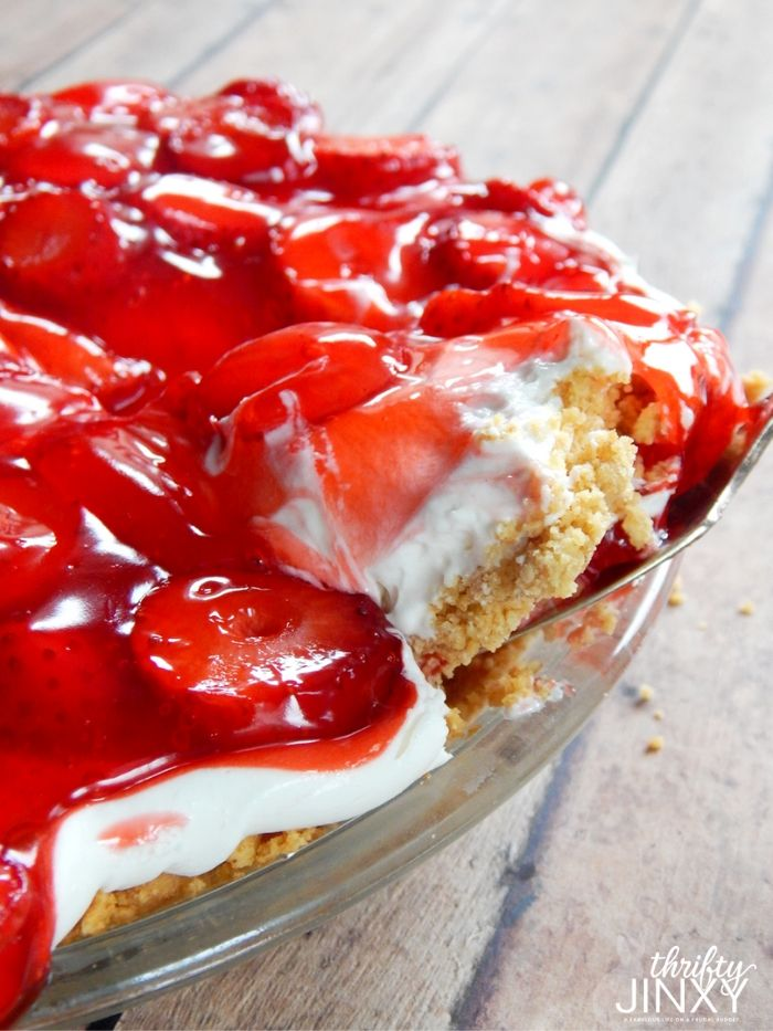 Strawberry Cheesecake Pie (1)