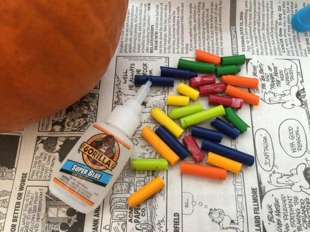 crayon-drip-pumpkin-supplies