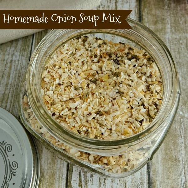 Replace the packets with this easy-to-make Homemade Onion Soup Mix Recipe! Perfect for dip, meatloaf, burgers, soup, potatoes and more.