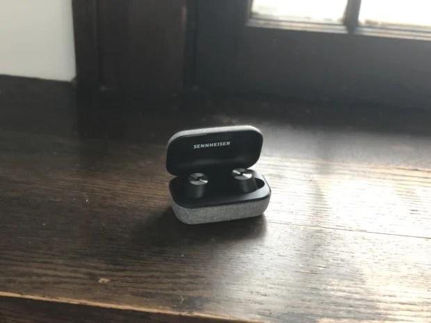 Sennheiser MOMENTUM True Wireless Earbud Case
