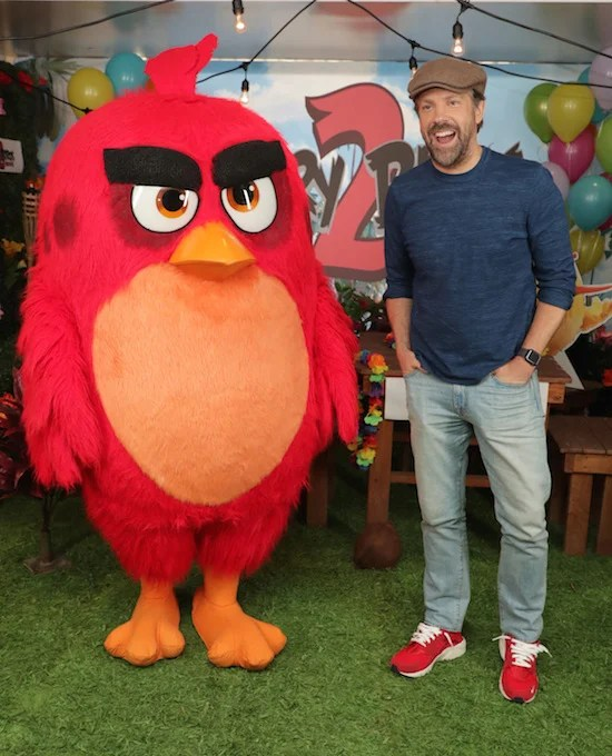 Jason Sudeikis at Columbia Pictures THE ANGRY BIRDS MOVIE 2 Photo Call at The London West Hollywood.