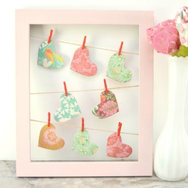 Fun & Easy Valentine Clothesline Heart Frame Decor Craft