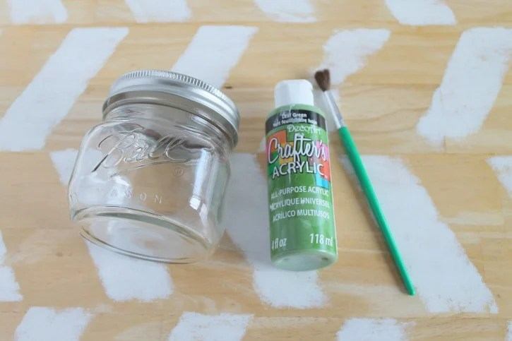 Baby Yoda Mason Jar Bank Craft process