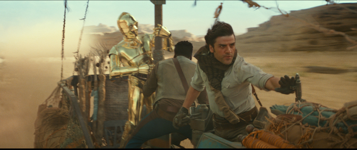 C3PO (Anthony Daniels), Finn (John Boyega) and Poe Dameron (Oscar Isaac) in STAR WARS: THE RISE OF SKYWALKER.