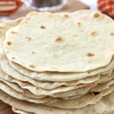 Easy Homemade Flour Tortillas Recipe