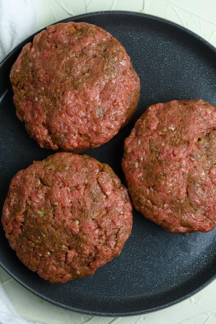 Jalapeño Popper Burgers process